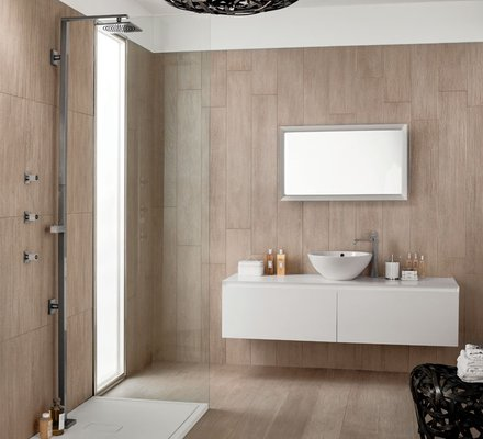 Rivestimenti bagno in gres porcellanato mirage - Bagno effetto legno ...